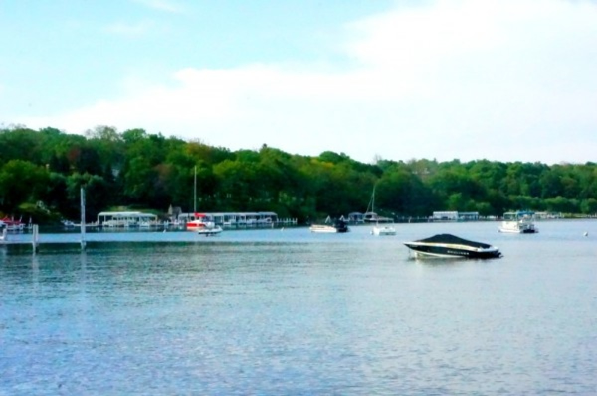 {video} Gatsby-Style Dining, Sunset Toast and Local Foods in Lake Geneva, WI #MCFoodTravels